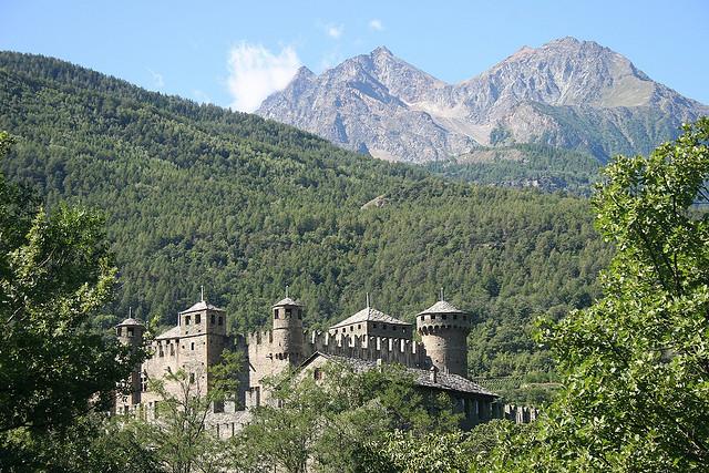 fenis castello valle aosta